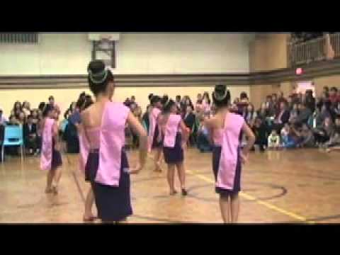Hmong canada new year p2
