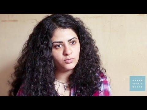 Egípcias aterrorizadas por fanáticos islâmicos