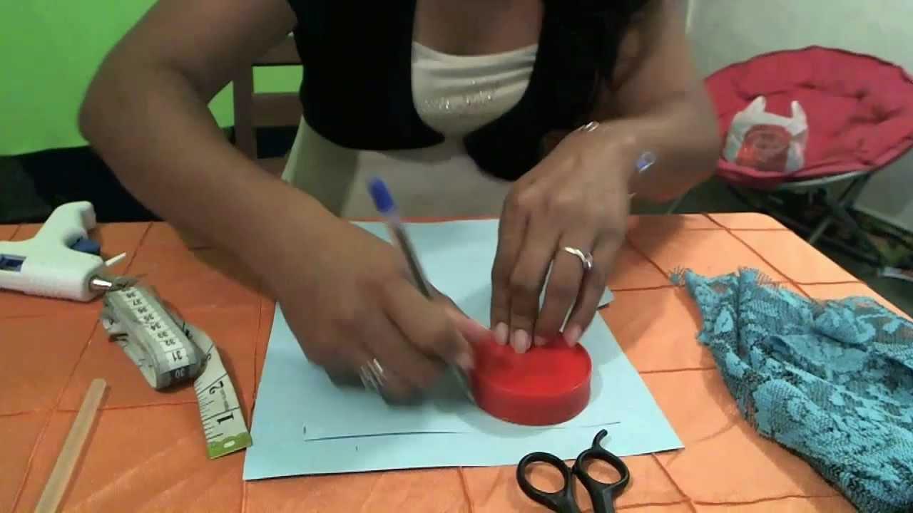 Como hacer una cajita de cartulina para regalos o dulces - Como hacer cajitas de cartulina ...