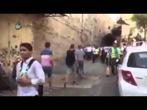 Q.N Jerusalem: Israeli occupation prevents students from passing to the old town near Aqsa 15-9-2015