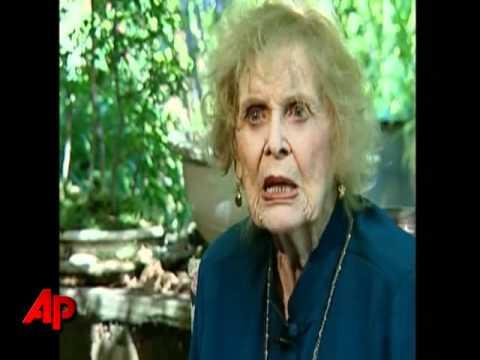 'Titantic' Co-star Gloria Stuart Dies at 100