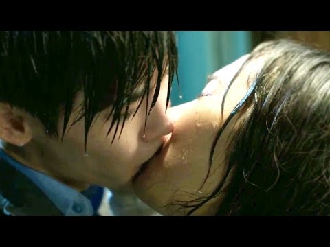 Lee Jong Suk and Kim So Ra - Sweet Moments - Kiss Scenes - Doctor Stranger
