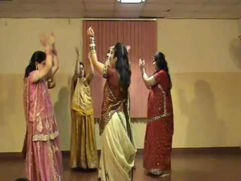 Dholi Taro Dhol Baje Garba Dance By Cg Ladies  Diwali Celebrations 2011 At Celestial Greens video