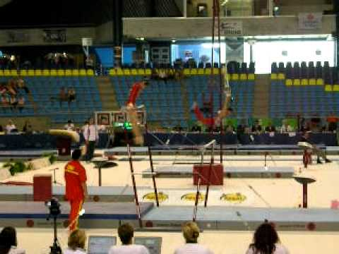 Wu Liufang - Gent CC 2011 Qualifications Uneven Bars (6.8D)