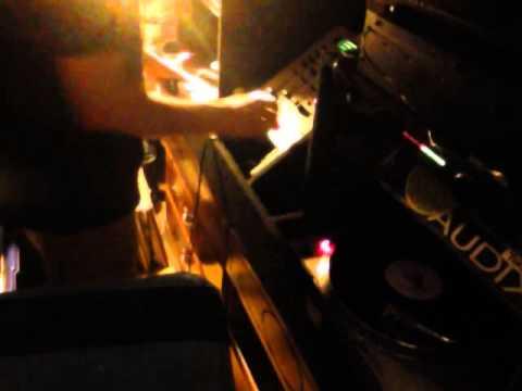 DJ ACE L - 08/24/14 - Napa Earthquake, Terremoto en Napa - Solo Discos.