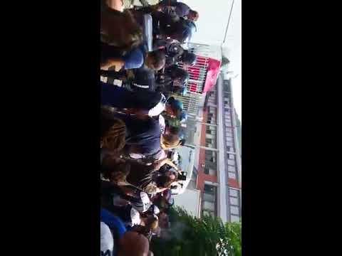 16/06/2017 - Sgombero del picchetto allo sciopero SDA Genova