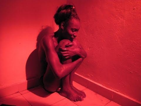 Prédateurs sexuels sur Internet : « La Toile », un film de Global Dialogues, English subtitles