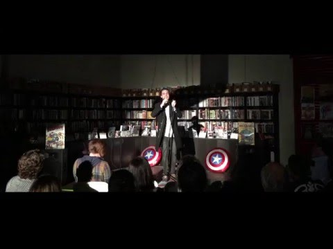 Frank Traynor Stand up at Comic Books and Comedy.