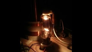 Single 811A VOSTOK 1.0 Vacuum Tube Tesla Coil Demo
