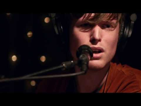 James Blake - Retrograde (Live on KEXP)