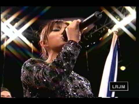 Ramiele Malubay sings Star Spangled Banner (HQ) 11/14/09 Music Videos