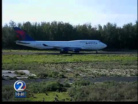 Fighter jet from Honolulu makes emergency landing