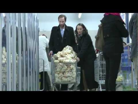 Schuld | Spekulationen auf Nahrungsmittelpreise (Dokumentation 09.12.2011)
