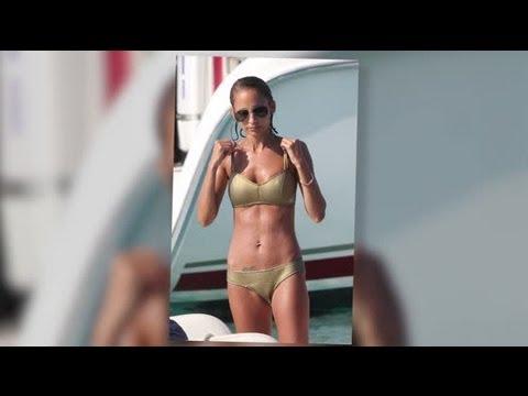 Nicole Richie Wows in a Bikini in Cannes, France - Splash News