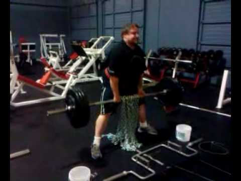 0 shawn dead lifting 365 plus 70 lbs in chain for 3 reps