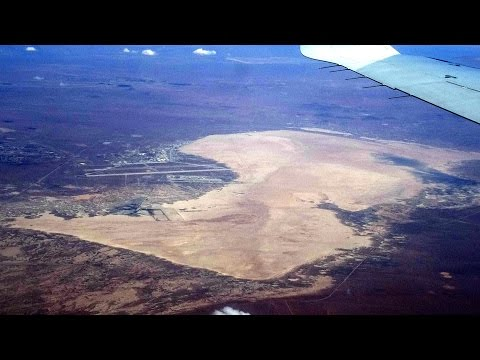 Mojave Desert Edwards Air Force Base from Burbank/Hollywood/Glendale CA--Phoenix flight 2015-05-18