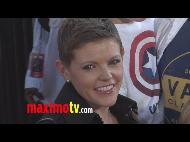 Natalie Maines DIXIE CHICKS at REAL STEEL Los Angeles Premiere Arrivals