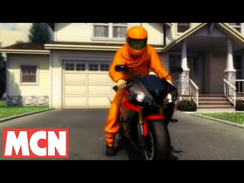 """Подушка безопасности"" для мотоциклистов"