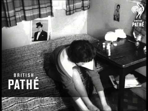 Schoolgirl Wendy Hyde (1959) video