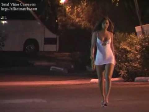 naomi russell video video porno minigonna