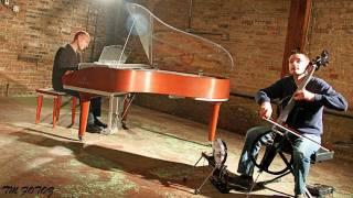 Michael Meets Mozart - 1 Piano, 2 Guys, 100 Cello Tracks - ThePianoGuys