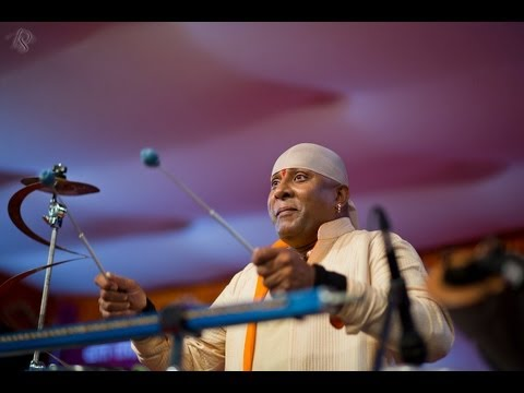 Mesmerising Performance by Sivamani