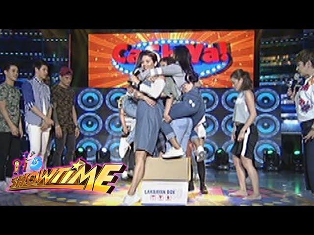 It's Showtime: Team Nadine and the balikbayan box