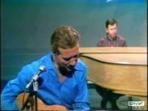 Marty Robbins - Guess I
