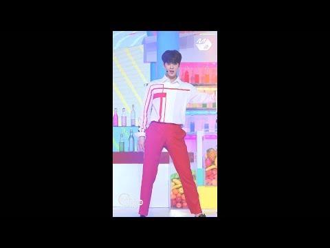 [MPD직캠] 아스트로 차은우 직캠 Baby ASTRO Cha Eun Woo Fancam @엠카운트다운_170601