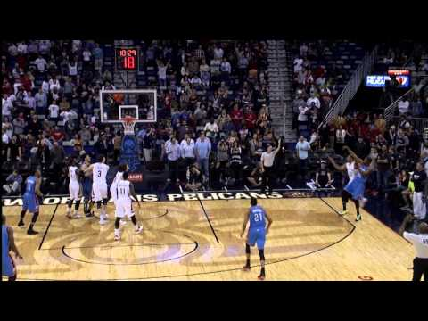 Kevin Durant Drains a Three for First Points of 2014-2015
