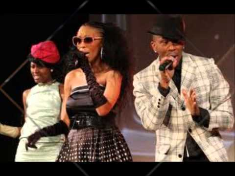 Mafikizolo   Khona Uhuru Mix video