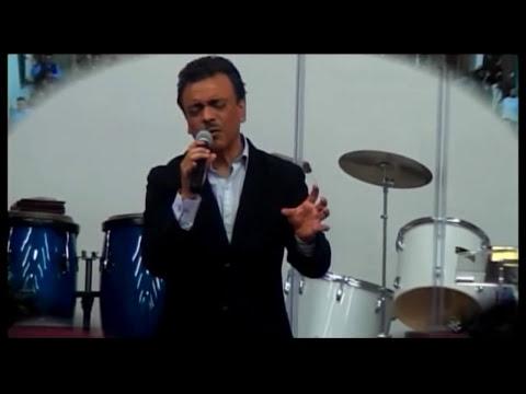 Oscar Medina en concierto