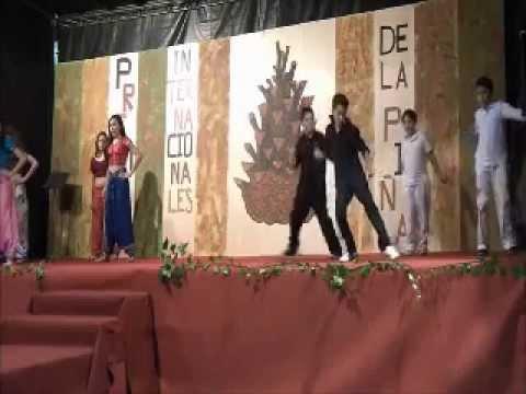 Revoltosiñs Dance. Dum Dum. Band Baaja Baarat
