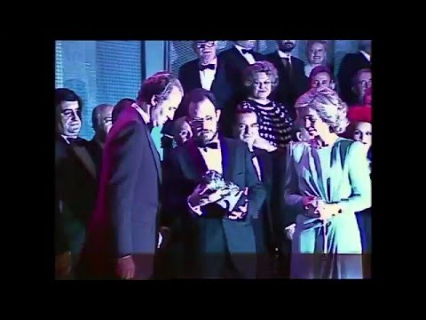 Los Reyes de España, homenajeados en los Premios Goya (1987)