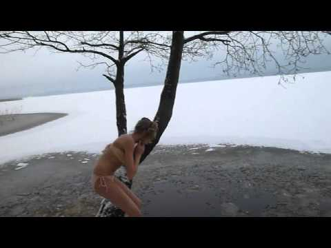 Ice Swimming video