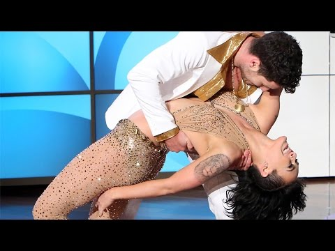 Rumer Willis and Valentin Chmerkovskiy Perform
