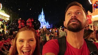 What Mickey's Very Merry Christmas Party is Like On a Sold Out Night! | Christmas At Disney World!