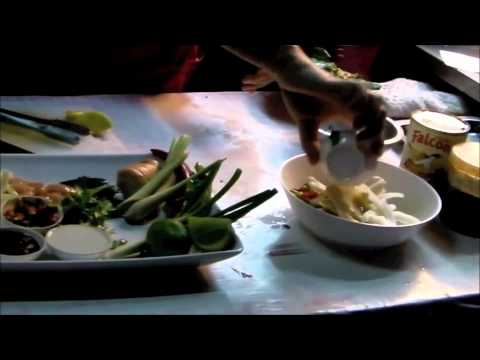 Healthy Cooking for Weight Loss - Tom Yum Gai Thai Soup