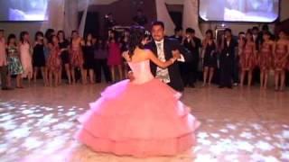 Daniela  XV Años Baile con su Papa