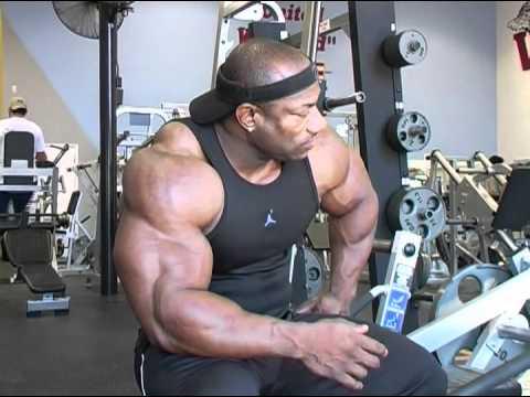 IFBB Pro Bodybuilder Dexter Jackson - Muscletime Titans Part 2