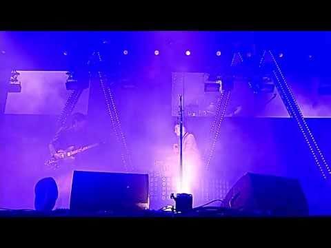 Arctic Monkeys   505 Glastonbury 2013