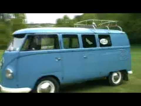 Racing Volkswagen Kombi and still going strong /fantastic