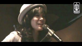 Sheryl Sheinafia Ft. David NOAH - Kukatakan Dengan Indah & Rasa Sunyi At NGINTIP MUSICA 2013