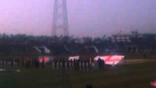 Bangladesh vs England.....Teams enter the field