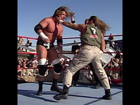 Tribute to the Troops 2005: Shawn Michaels vs. Tripe H -