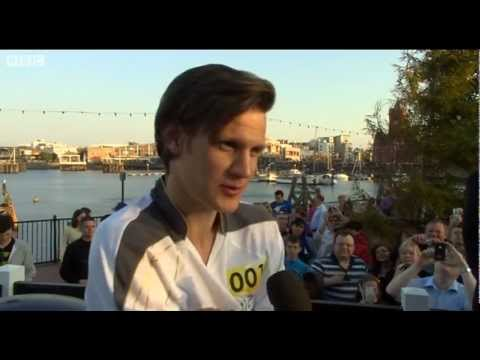 Doctor Who's Matt Smith on Olympic torch relay run - London 2012 - BBC News