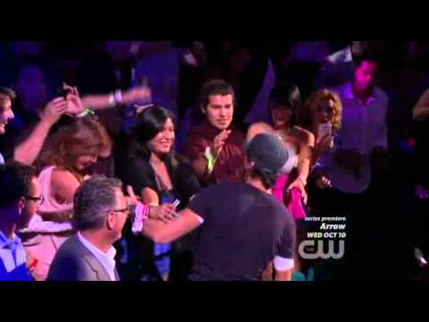 Enrique Live Finally Found You ft sammy adams and I Like It ft pitbull at iHeartRadio: CW Tonight