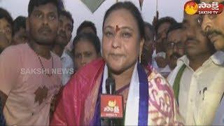 Srikakulam YSRCP Leader Reddy Shanti participates in Ravali Jagan Kavali Jagan program