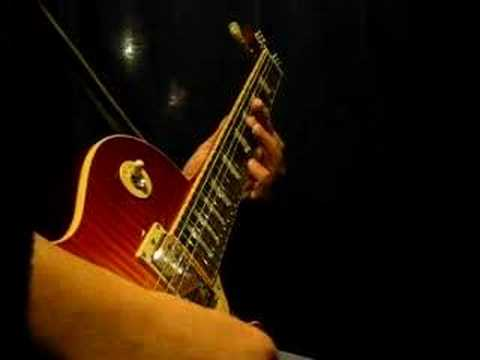 Thin Lizzy - Dancing in the Moonlight Guitar Solo