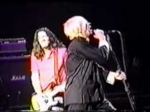 RHCP: My Lovely Man - I Like Dirt Live In Chile Estacion Mapocho 1999